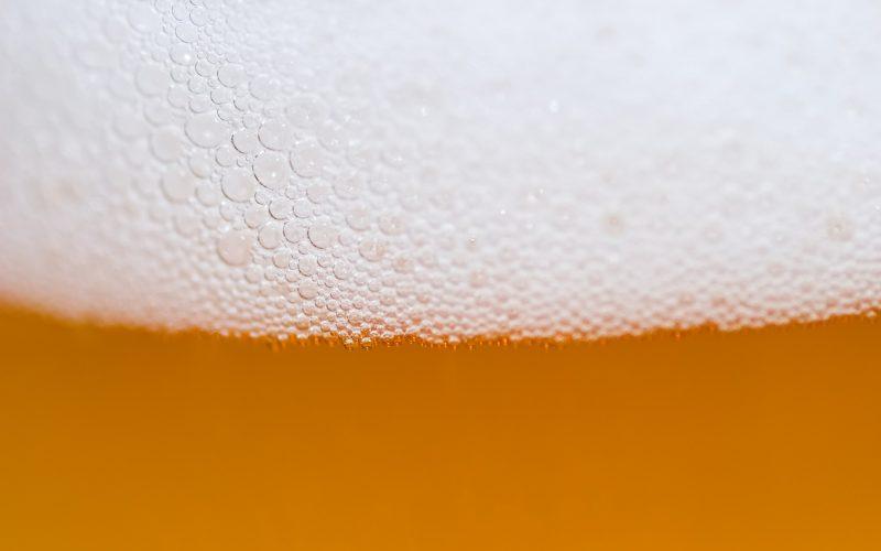 Eine große Bierkrone